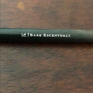 Bare Escentuals Makeup - Soft Focus Eyeshadow Brush